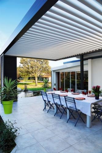 veranda-333x500.jpg